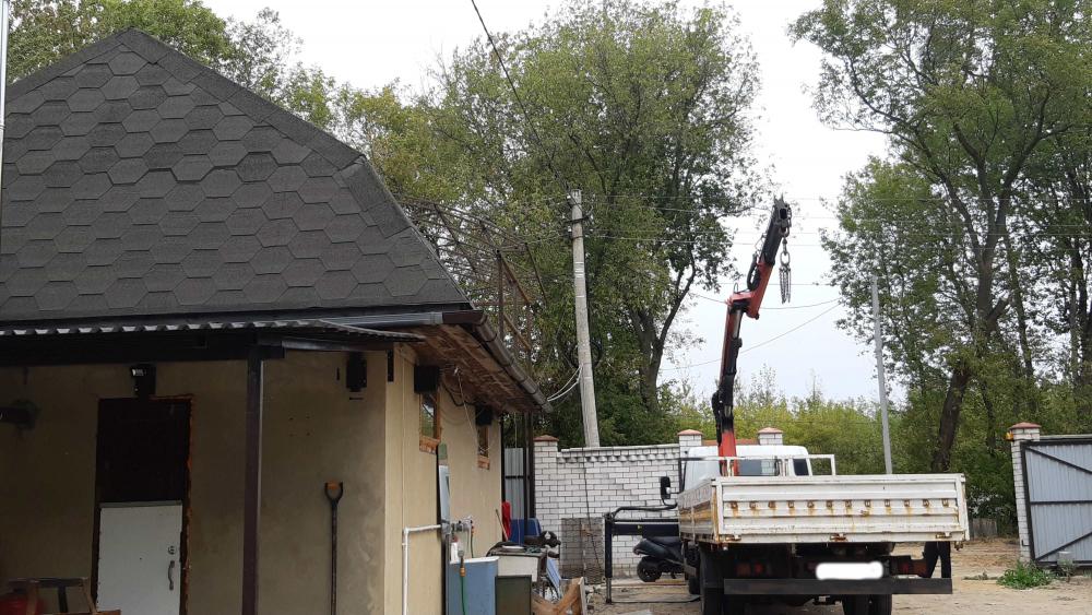 Услуги манипулятора. Доставка и установка навеса над гаражом. г.Жуковский