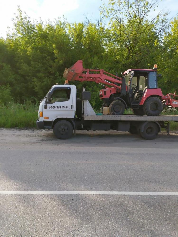 Эвакуация трактора г.Жуковский для работы на дачном участке.